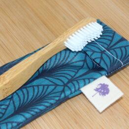 pochette à brosse à dents
